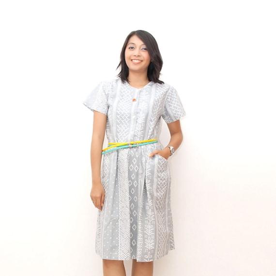ON SALE/Vintage 80s  Dress/80s Cotton Dress/Short Sleeve Dress, Slate Blue Ethnic Print, Tribal Print, Medium