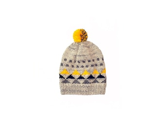 Toddler Baby Boy / Girl Hand Knitted Slouch Hat / Beanie Grey / Black / Yellow with Triangles and Pom pom, 12-18 months, 2 T, 3 T, 4 T, 5 T