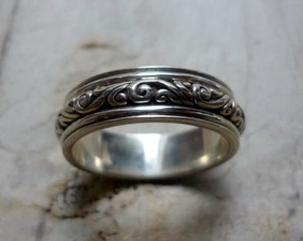 Sterling Silver Ring, Floral Pattern Ring, Unisex Ring, Simple Silver Band, Wedding Band Ring, Woodland Style Ring.