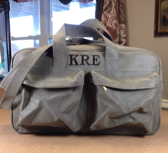 Aspen Grey Scotch Grain Sports Bag.