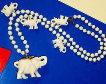 1960s Lucky White Elephant Beaded Necklace