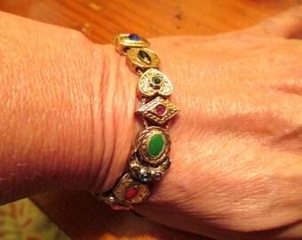 Lovely VICTORIAN Gold Plate, Embossed, SLIDER Charm Vintage Bracelet W/11 Charms - Goldette