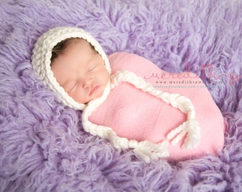 Chunky Basic Bonnet in Newborn Size Choose Your Color- Photography Prop- Newborn Baby Bonnet- MADE TO ORDER