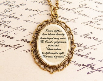 Dracula - Fancy Literature Necklace