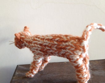 Knitted ginger cat
