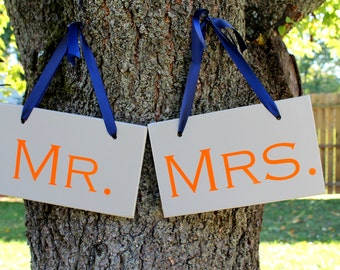 """6"""" x 10"""" Wooden Wedding Sign: 2pc Set Double sided - Mr. & Mrs. and Thank you"""