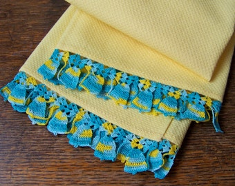 Vintage Yellow Kitchen Towel Turquoise Crochet Border Tea Towel Brides Shower Gift Wedding Gift Vintage 1950s