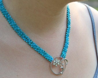Hand Woven Trendy Turquoise Flower Necklace