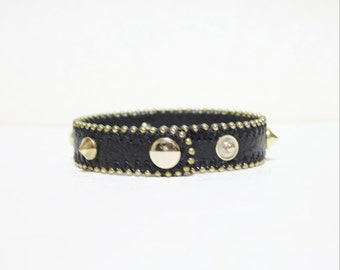 5 Studs Deocrated Soft Leather Bacelet(BLACK with Gold Plated Metal Studs)