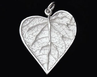 1 of 925 Sterling Silver Leaf Pendant 20x22mm. :th1819