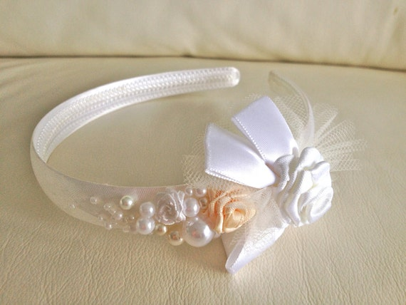 Beautiful bridal headband, flower girl head piece, wedding hair accessories, wedding flowers and pearls, natural colors