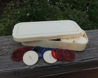 Vintage Poker Chips from Beacon / Art Deco Style Poker Chip Box / Vintage Poker Chips / Plastic Poker Chips and Case / Gambling Chips