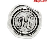 "1pc Initial ""H"" Antique Silver Charm. Personalized Small Pendant. Metal letter. 18mm Round Disc. Necklace Bracelet Component."