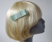 Pale-Green Bow  Hair Comb- Pale-Green Bow  Haircomb