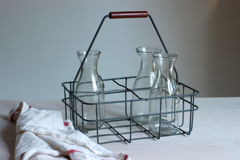 vintage metal milk bottle carrier. Black Bedroom Furniture Sets. Home Design Ideas