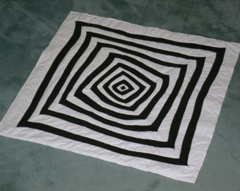 Applique Black and White Baby Quilt