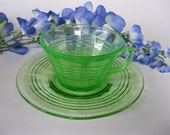 Set of 4 Green Hocking Glass Cups and Plates Circle Design Depression Glass Vintage