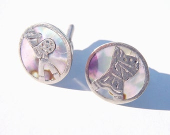 Vintage Sterling Silver Abalone Cufflinks Mexico Jewelry MOP Shell Inlay Woman Man Rustic Mexican Peasant Figures Signed R Cuff Links 1940s