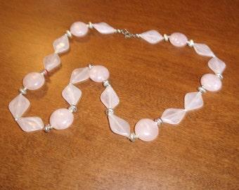vintage necklace pink swirl lucite