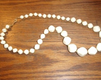 vintage necklace white lucite gold