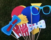 CIRCUS or CARNIVAL photo booth props for kids birthday parties, fun clown  party props c