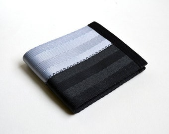 Vegan men's seatbelt wallet in Silver and Black