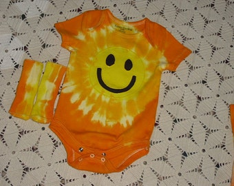 """Tie dye INFANT """"smiley face""""- bodysuit and sock sets; SIZE 24 months - ready for immediate shipping!"""