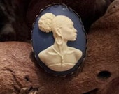 Nubian Cameo Ring Set in Azure Tone Resin and Bronze Tone Metal