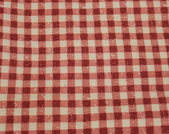 "Red and Cream Checkered Fabric/Vintage 1980's Fabric/Dollhouse Fabric/100% Cotton/Quilt Fabric/Craft Fabric/REMNANT - 12"" x 44"" Wide"