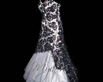 Strapless black White Lace A-Line wedding dress/gown (made to order MKG12)