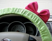 Steering Wheel Cover Bow, Lime Green Two-Toned Damask Steering Wheel Cover with Hot Pink Bow BF11244