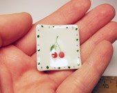 1 pc square white plate with dots and cherries dollhouse miniature food supply deco