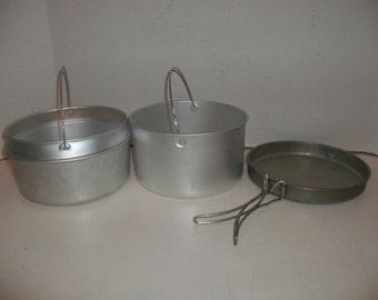 U.S. Military Vietnam Era Cooking Kit Dated 1969 2 Pots 1 Frying Pan / Mess Kit / Leyse