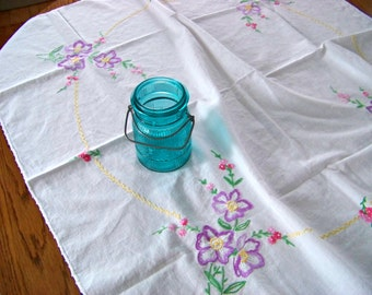 Embroidered Tablecloth / Purple Embroidered Flowers / Square Table Cloth / Vintage Tablecloth