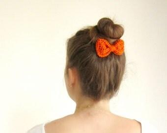 Orange crochet hair bow, tangerine bow hair, crochet bow hair clip, Girls hair bow, orange bow, Cute hair bow, Girl's hairbow, Sock bun bow