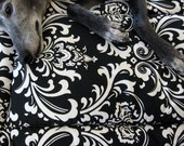 "Dog Crate Mat, Pad, Cushion, Bed, Medium 19""x30"", Black & White Damask Print with Fleece Back"