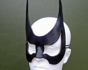 BATGIRL Mask. Designed & Hand Crafted in Wales. Leather Batwoman Mask.