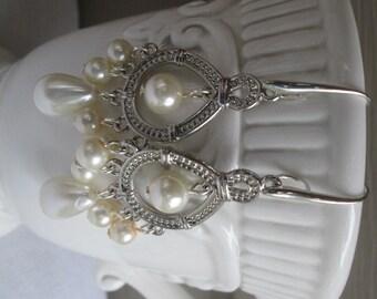 Wedding earrings, Bridal earrings, Chadelier earrings, bridesmaid earrings, Pearl earrings, silver earrings, pierce earrings,