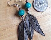 Turquoise stone & leaf earrings