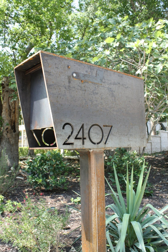 the dexter custom mailbox