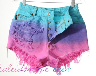 Vintage Bongo Ombre dip Dyed Destroyed Denim High Waist Cut Off Shorts XS S