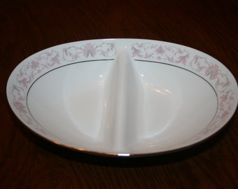 Vintage Noritake Harwyn Oval Divided Vegetable Bowl Fine Bone China Made in Japan White Silver Pink Grey Dinnerware Dishes