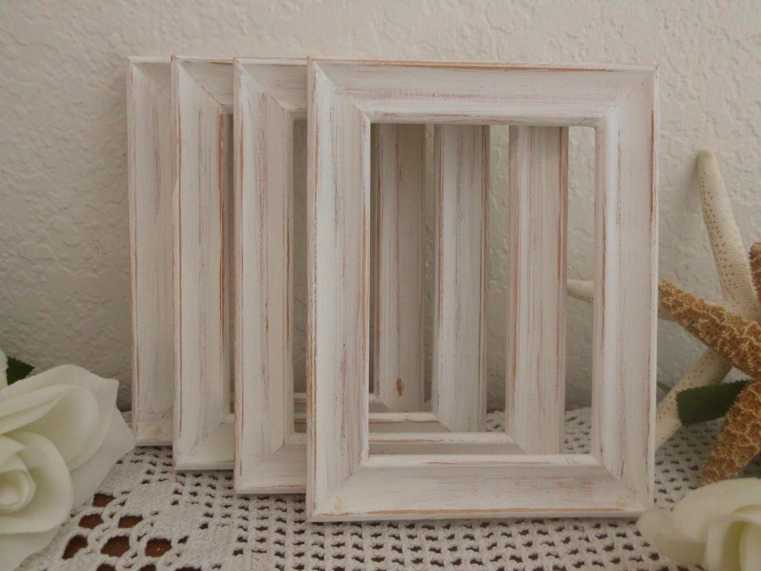 Wedding table number frame white rustic shabby chic distressed for Tableaux shabby chic