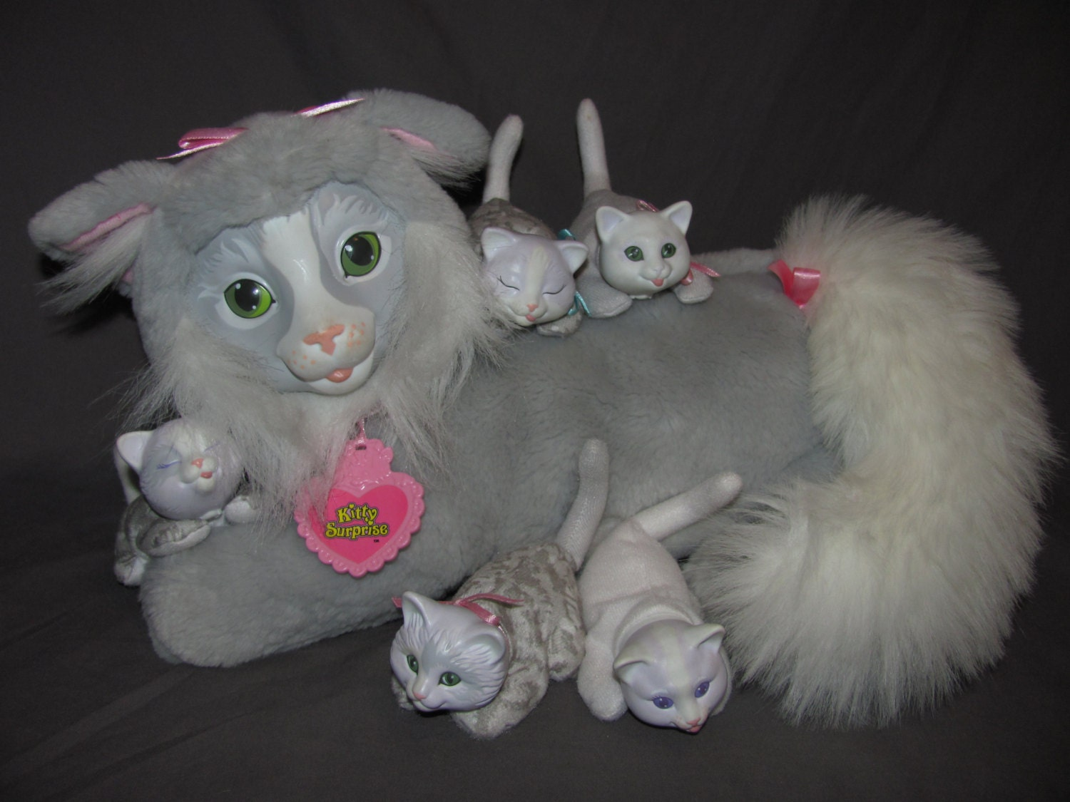 Vintage Hasbro Kitty Surprise Grey Gray Mama Kitty With Five