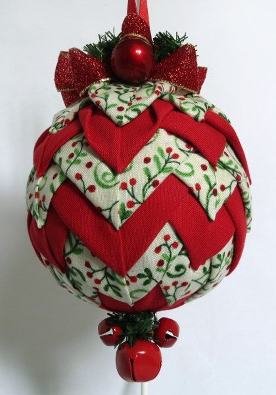 Quilted keepsake ornaments christmas bell red holly