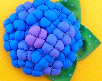 Kanzashi Flowers Pin Brooch Poinsettia Pattern PDF Pattern Tutorial Fabric Flower Headbands Clip Bouquet Embellishments Wedding La Todera