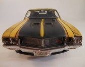Classicwrecks 1/24 scale model car in yellow by John Findra Rusted