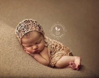 Newborn Bonnet - 'AIRE' Baby Bonnet - Multiple Colors  - photo prop - knitbysarah - Stitches by Sarah