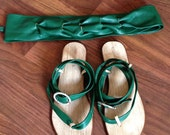 Genuine leather sandals and belt set, bright green colour with decoretive buckle