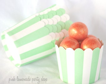 Small MinT green-Nut/Candy/Baking Cups--25ct--Parties--cupcakes-gumballs-snacks